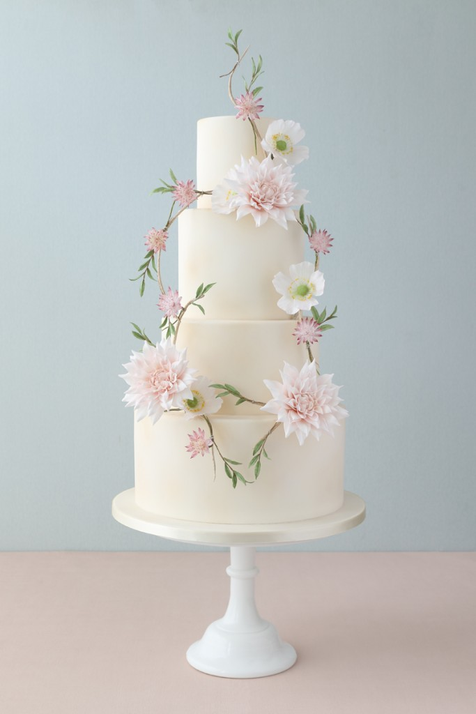 Sugar Dahlias, Sugar flowers wedding cake